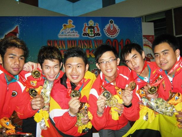 Victorious Sarawak boys